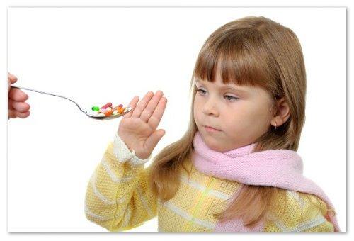Огляд антибіотиків для дітей — опис та відгуки батьків, способи прийому: що вибрати і як давати, лікування ангіни і кишкової інфекції антибіотиками широкого спектру дії