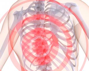 При поясничном сколиозе боли в спине