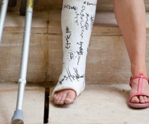 Надання першої допомоги при ударах і переломах