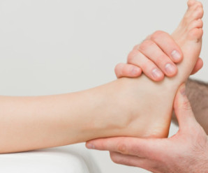 Як і чому виникає вивих ноги. Як відрізнити його від перелому