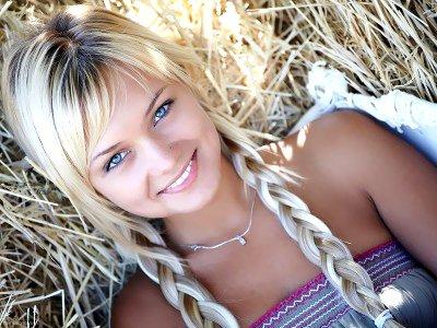 скачати фото гарних блондінок