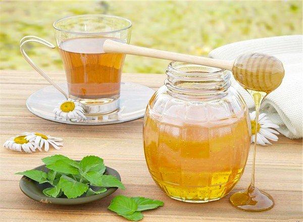 Медова вода вижене паразитів, допоможе схуднути і багато іншого!