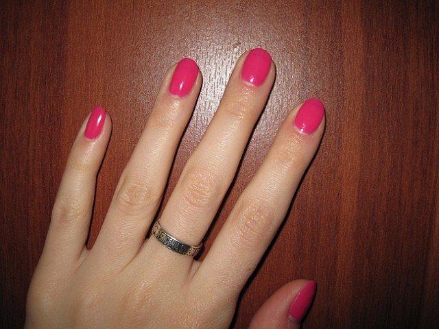 Французский маникюр на короткие ногти обычным лаком