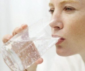 Лікування запору за допомогою мінеральної води
