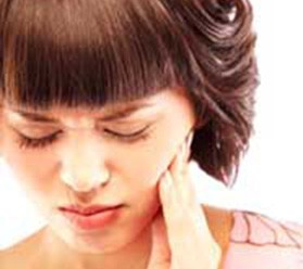 Чому зуб болить при накусывании ::