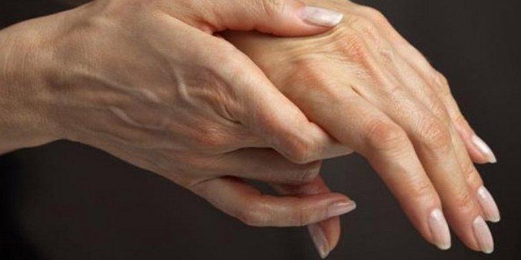 Слабость в пальцах правой руки