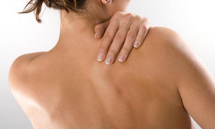 Болит лопатка и плечо справа