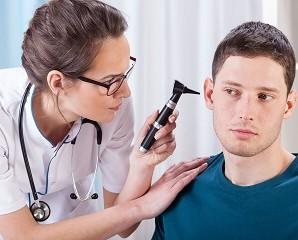Отомикоз вух–симптоми, лікування. Чому виникає грибок у вухах
