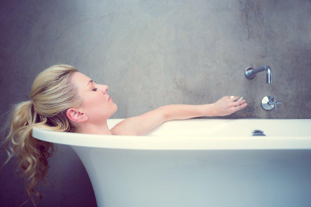 Teen hot shower girl